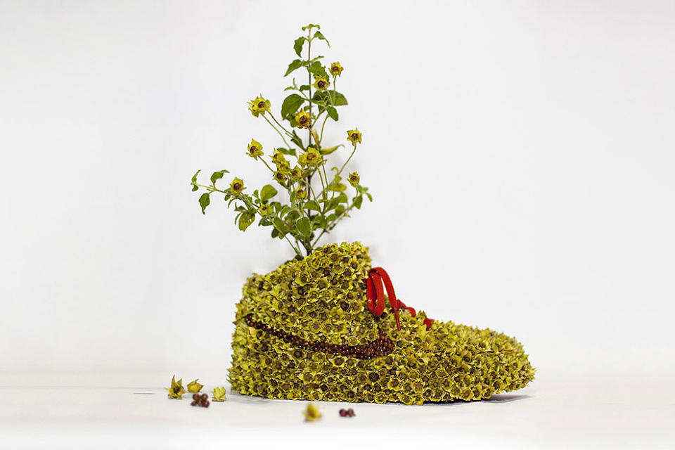 nike-sneaker-flowers-just-grow-it-mr-plant-04-960x640